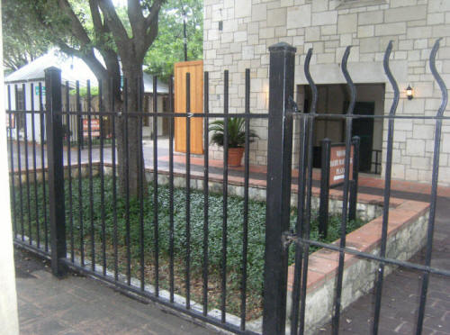 Local Near Me Residential Fence Contractors We Do It All