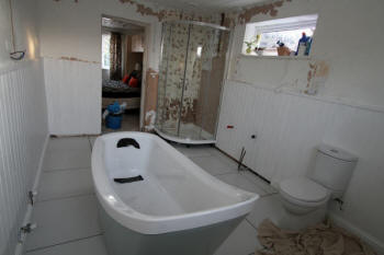 Atlanta affordable bathroom remodeling we do it all for Total bathroom renovations
