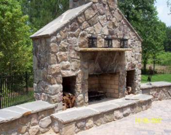 Local Near Me Company Build Outdoor Living Spaces 2020 ... on Outdoor Living Space Company id=49792
