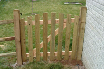 Local Near Me Fence Repair Contractors 2020 Replace Yard
